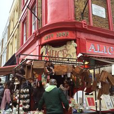 Quirky colours and hipster antiques on Portobello Road