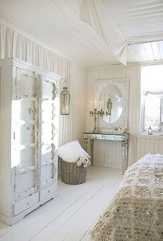 Cottage ● Bedroom with Shabby chic, rustic feel