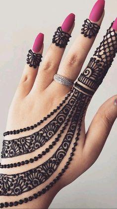 Mehndi Designs Front Hand, Pretty Henna Designs, Modern Henna Designs, Simple Arabic Mehndi Designs, Finger Henna Designs, Back Hand Mehndi Designs, Latest Bridal Mehndi Designs, Mehndi Designs For Beginners, Mehndi Designs For Fingers