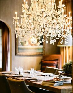 chandelier~dining room and living room Interior Exterior, Interior Design, Rooms Ideas, False Ceiling Design, Beautiful Space, Beautiful Things, House Beautiful, Chandelier Lighting, Crystal Chandeliers