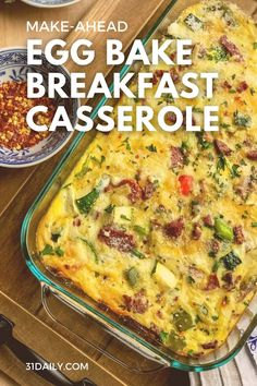 An easy make-ahead breakfast casserole perfect for the holidays, entertaining, serving groups, on holiday mornings, or for brunch. Packed with vegetables, this is always a favorite every time I serve it. Breakfast Egg Bake, Easy Breakfast Casserole Recipes, Delicious Breakfast Recipes, Savory Breakfast, Morning Breakfast, Healthy Eating Recipes, Healthy Breakfast Recipes, Brunch Recipes, Breakfast Ideas
