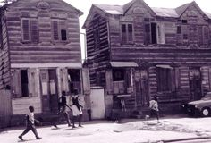 https://flic.kr/p/gmqEU | Paramaribo backstreet (Suriname) | Typical wooden houses in a Paramaribo back street (Suriname). (See some more of my photos on Suriname here)