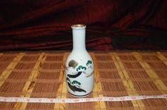 Asian White Porcelain Multi-Color Hand-painted Cloud Long Neck Bottle Vase
