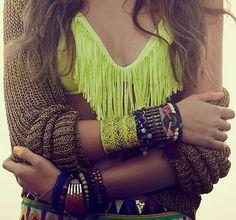 bikini, pulseritas, brazaletes y demás cucadas