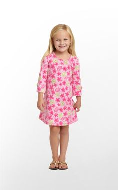 Easy peasy! Getting ready for school is a breeze with our Primm Dress. With a scoop neck and a fit