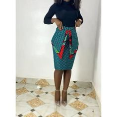 Short African Dresses, Latest African Fashion Dresses, African Print Fashion, Ankara Fashion, Ankara Dress Styles, Ankara Skirt, Unique Ankara Styles, Ankara Styles For Women, Beautiful Ankara Styles