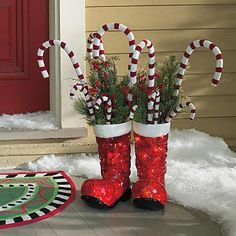 Illuminated Santa Boots  Illuminated Santa Boots (61976) $159.00 4.5 out of 5 35 reviews | Write a review |  Questions & Answers  Animate your entry with our Illuminated Santa Boots; they'll provide pleasant light and festive function beside your door. Fill them with umbrellas, decorative ...