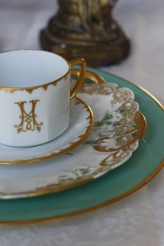 ~The Chic & Personalized World of Miss Millionairess: Morning tea with her customized Tiffany's china | House of Beccaria