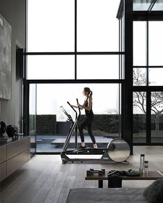 Shared with livestory yoga studio home, pilates studio, wellness studio, wellness fitness, Home Gym Garage, At Home Gym, Home Gym Design, House Design, Gym Interior, Interior Design, Theme Sport, Indoor Gym, Gym Decor