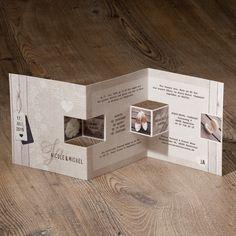 Moderne Hochzeitseinladung aus Strukturpapier mit Pop-up-Effekt