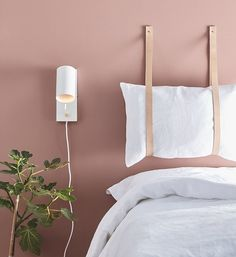 Searching For DIY Headboard Ideas? There are so many affordable means to produce an unique one-of-a-kind headboard. We share a few dazzling DIY headboard ideas, to motivate you to design your room chic or rustic, whichever you prefer. Home Bedroom, Bedroom Decor, Bedroom Ideas, Modern Bedroom, Bedroom Office, Bedroom Lamps, Bedroom Vintage, Contemporary Bedroom, Master Bedrooms