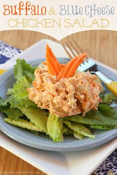 Buffalo and Blue Cheese Chicken Salad - hot wings flavor in a cold lunch or dinner   cupcakesandkalechips.com   #glutenfree #buffalochicken