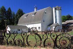 Dahmen Wagon Wheel Fence & Barn by KidsLoveAnimals, via Flickr