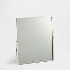 Ürün görseli Metalik çerçeveli ayna