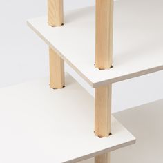 HALF – THROTTLE_Kohdai Iwamoto. Half Throttle is an assembled shelf aimed at the Pythagorean theorem. After inserting the prop into a square hole of the shelf board, just twist the prop to 45 degrees. The extension of shelf board can be easily fixed.