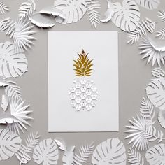 Kirigami Cut and Folded Pineapple Paper Cut with Tropical Paper Leaves Kirigami, Neli Quilling, Art Origami, Origami Bird, Paper Pop, Diy Paper, Paper Craft, Paper Leaves, Paper Flowers