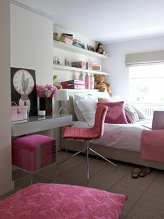 "Girls"" Rooms: Study in Pink"
