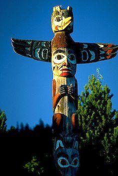 Google Image Result for http://www.alaska-in-pictures.com/data/media/21/tlingit-carvings_3468.jpg