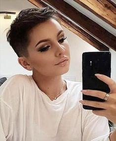 Messy Short Hair, Short Straight Hair, Short Hair With Bangs, Girl Short Hair, Short Hair Cuts For Women, Short Hairstyles For Women, Straight Hairstyles, Short Hair Styles, Undercut Hairstyles
