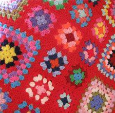 http://3.bp.blogspot.com/-OaaGxURNPpo/UKi37el_rCI/AAAAAAAAD6Y/vZUJ1STgkgY/s1600/Multi-coloured+Crochet+Blanket+004.JPG