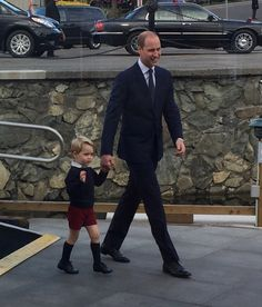 Prince William with his son Prince George in Victoria B.C. Canada September 2016 💜