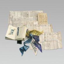Notizbuch, Tabellen und Seidenproben    Shanghai, 1874  Papier mit handschriftlichen Eintragungen, eingeklebte  Stoffproben; Seidenstreifen, bestickt #fashion #art #kunst #mode #fabrics #stoffe #schmuck #jewelry #museum #basel #schweiz #switzerland #history #geschichte