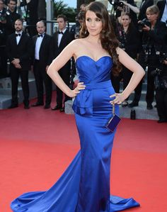 Natalia Oreiro por Las Oreiro, azul Klein.