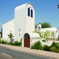 Synagoge Beit Tikwa - Aussenansicht mit Turm