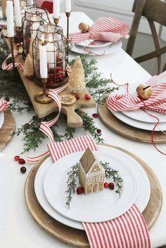 Farmhouse Christmas Decor, Rustic Christmas, Winter Christmas, Christmas Home, Christmas Crafts, Christmas Place Cards, Xmas, Magical Christmas, Simple Christmas