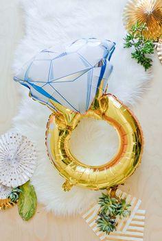 Oversized Diamond Ring Party Balloon