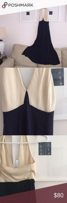 Ralph Lauren Blue Label Maxi Dress, XS Beautiful Ralph Lauren Blue Label Cream and Navy maxi halter Dress. Knit Dress, 70%silk. Worn once for an hour! Like new condition! Size XS Ralph Lauren Dresses Maxi