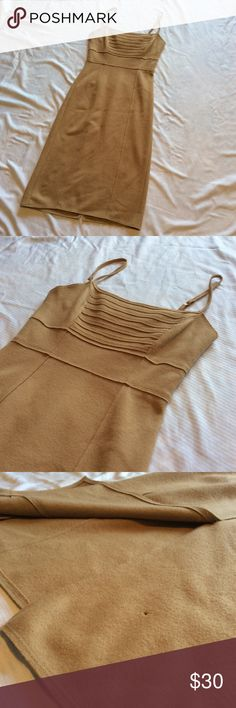🆕 Susana Monaco 100% Wool Dress Susana Monaco 100% Wool Dress. Camel in co,or. Great used condition - very small pin hole on back (see photo). Midi length. Hugs curves the right way. Smoke free home :) ask questions, make an offer, and bundle bundle bundle!! Susana Monaco Dresses Midi