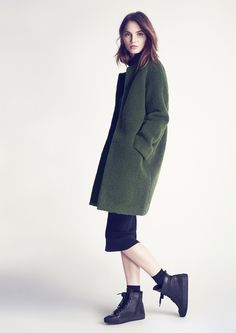 Coat in forrest colour and cocone shape from Twist & Tango | Twist & Tango