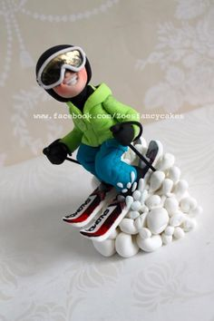 Skiing - Cake by Zoe's Fancy Cakes