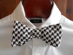 Black Houndstooth Mens Bow Tie by TrulySouthernTies on Etsy, $25.00