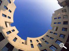 Le siège social de BMA au 38, rue de Cursol à Bordeaux (architecte : Hugues TOUTON)