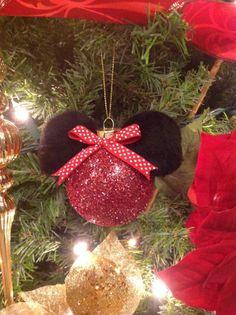 DIY Minnie Mouse Christmas tree ornament by EKD