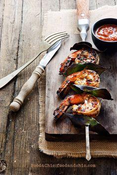 Vuelta al Mundo en 80 Recetas: Mozambique. Kebabs de langostinos con adobo piri-piri.