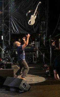 Hope he caught it. I'm sure he did, he does everything perfectly! And yes I do see how nice his thighs look. Jeff Ament, Breathe In The Air, Seattle, Vocal Exercises, Instrument Sounds, Pearl Jam Eddie Vedder, Singing Tips, Alice In Chains, My Church