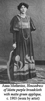 Anna Muthesius, whose architect husband was close to Henry Van de Velde, wrote Das Eigenkleid der Frau, promoting the reform of women's clothing. A similar photo appears in her book.