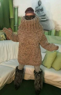Sweater Outfits, Men Sweater, Chunky Knitwear, Outdoor Fashion, Wool Sweaters, Fur Coat, Turtle Neck, Knitting, Stylish