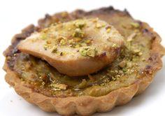 Tartelettes aux poires et aux pistaches