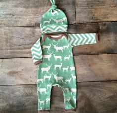 a919bc1286b76 Organic newborn boy one piece outfit and hat in mint