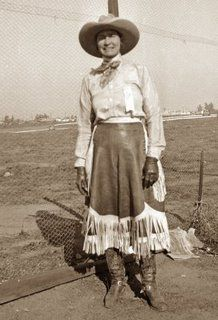 Bertha Kaepernik ~ Cheyenne Frontier Days, First Female Saddle Bronc Rider