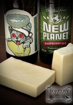 Dogfish Head Beer and New Planet Beer Soap | #beersoap #handmadesoap #sorcerysoap #dogfishhead #craftedbeer https://www.etsy.com/shop/SorcerySoapCompany