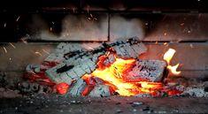 Seit fast 30 Jahren verkaufen wir Feuerstätten in Premium-Qualität führender Hersteller! Wir helfen Ihnen, den für Sie richtigen Kamin zu finden und führen ihr Projekt von A bis Z durch.    3830 Waidhofen an der Thaya    E-Mail:office@pani.at    Tel: 0284254136  #kaminofen #kamin # kachelofen Office, Outdoor Decor, Fireplaces, Fire