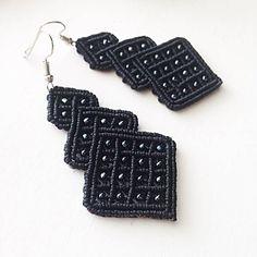 Macrame earrings DIY black beaded earrings micromacrame
