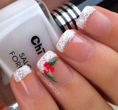 Are you looking for some cute nails desgin for this christmas but you are not sure what type of Christmas nail art to put on your nails, or how you can paint them on? These easy Christmas nail art designs will make you stand out this season. Fancy Nails, Cute Nails, Pretty Nails, Sparkle Nails, Fancy Nail Art, Christmas Nail Art Designs, Holiday Nail Art, Christmas Design, Christmas Nail Designs Easy Simple