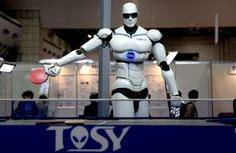 Robots test their own world wide web, dubbed RoboEarth