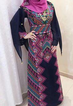 @arij97 Ethnic Fashion, Hijab Fashion, African Fashion, Fashion Outfits, Afghan Clothes, Afghan Dresses, Arabic Dress, Palestinian Embroidery, Hijab Style